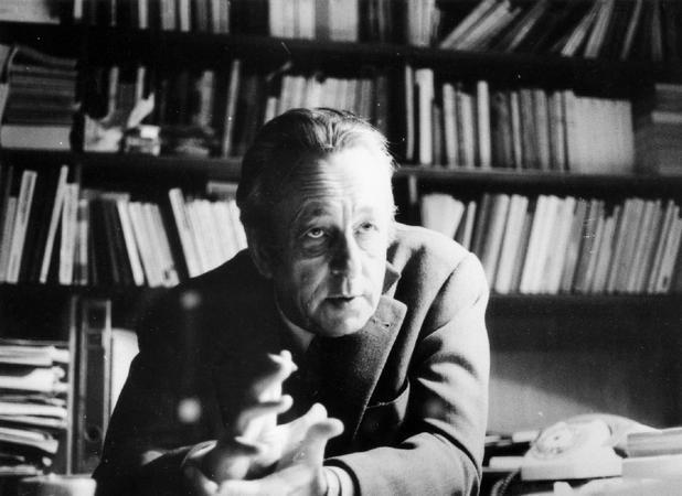 Louis Althusser: Como Alguma Coisa de Substancial Pode Mudar no Partido? (Inédito, 1970), seguido de A Contradição Principal (capítulo do Livro sobre o Imperialismo. Inédito, 1973)