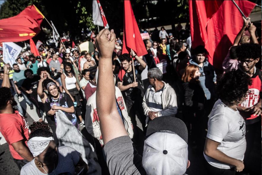 Greve Geral: mais um dia de resistência contra os ataques dos patrões