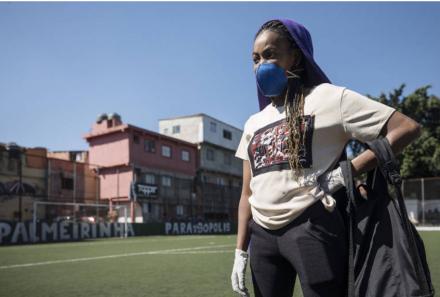 A resistência das favelas e periferias em tempos de pandemia: solidariedade, reforço da organização popular e redes de ajuda mútua